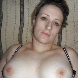 blasse Brustwarzen